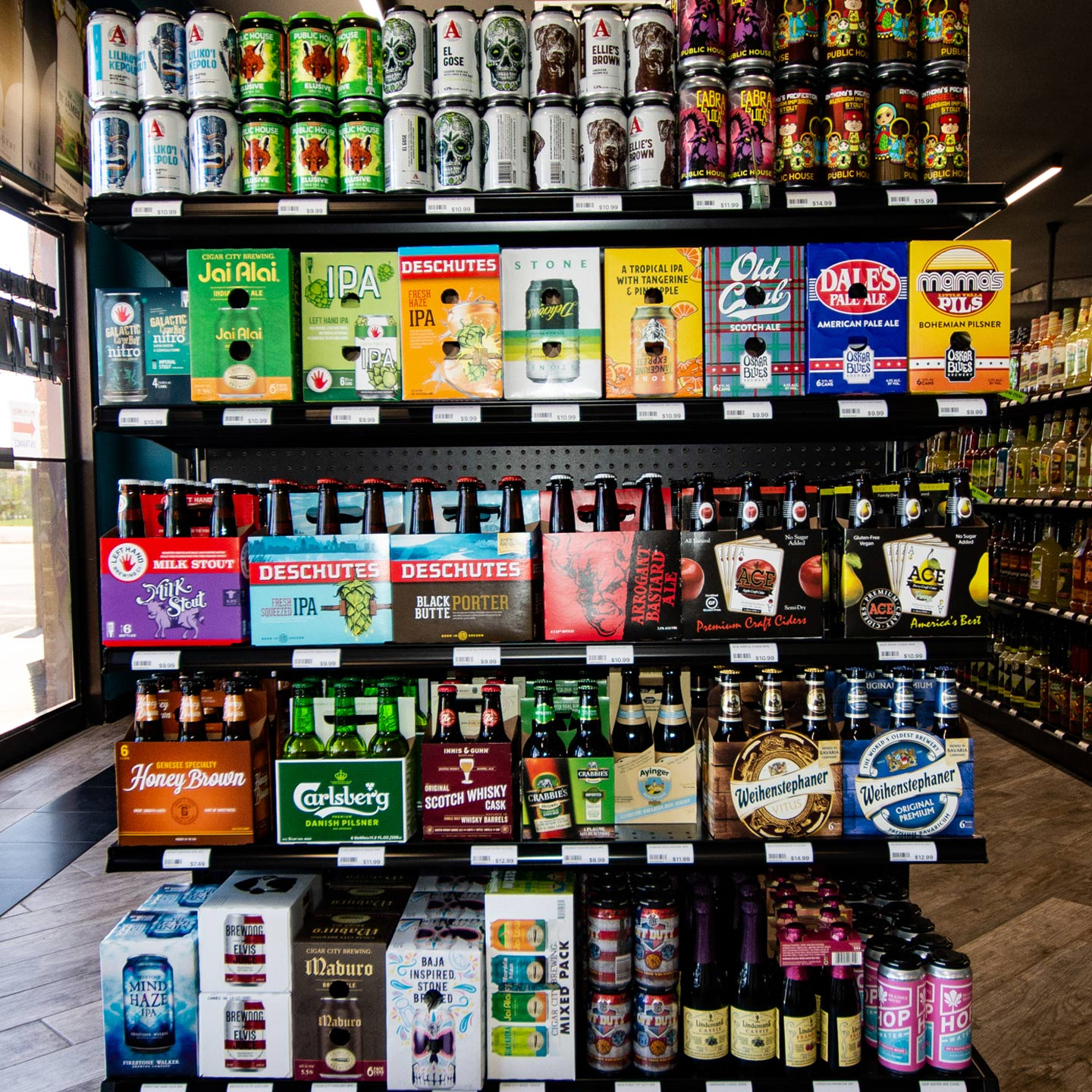 On-The-Rocks-Premium-Wine-Liquor-and-Tobacco-St.-Charles-Beer2